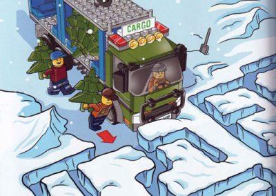 A-mikulás-meglepetése-Lego-belso1