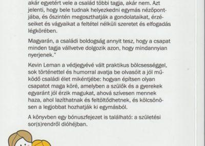 pentekre-boldog-csalad-hatso